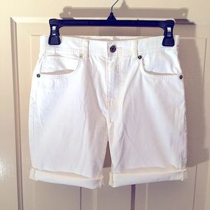 Burberry Girls sz 12Y relaxed fit denim shorts